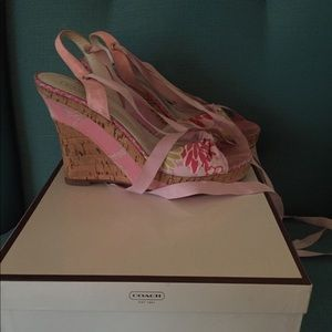 Coach lace up wedges pink design size 6